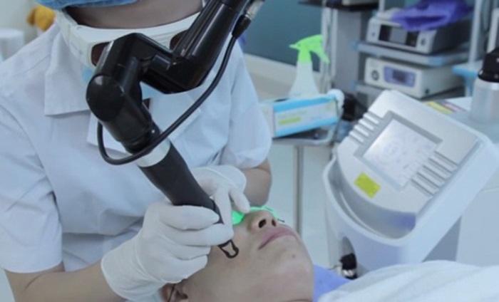 Trị sẹo lồi cần chọn cơ sở điều trị uy tín.