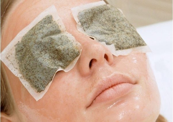 Trị thâm quầng mắt tại nhà hiệu quả bằng túi trà xanh