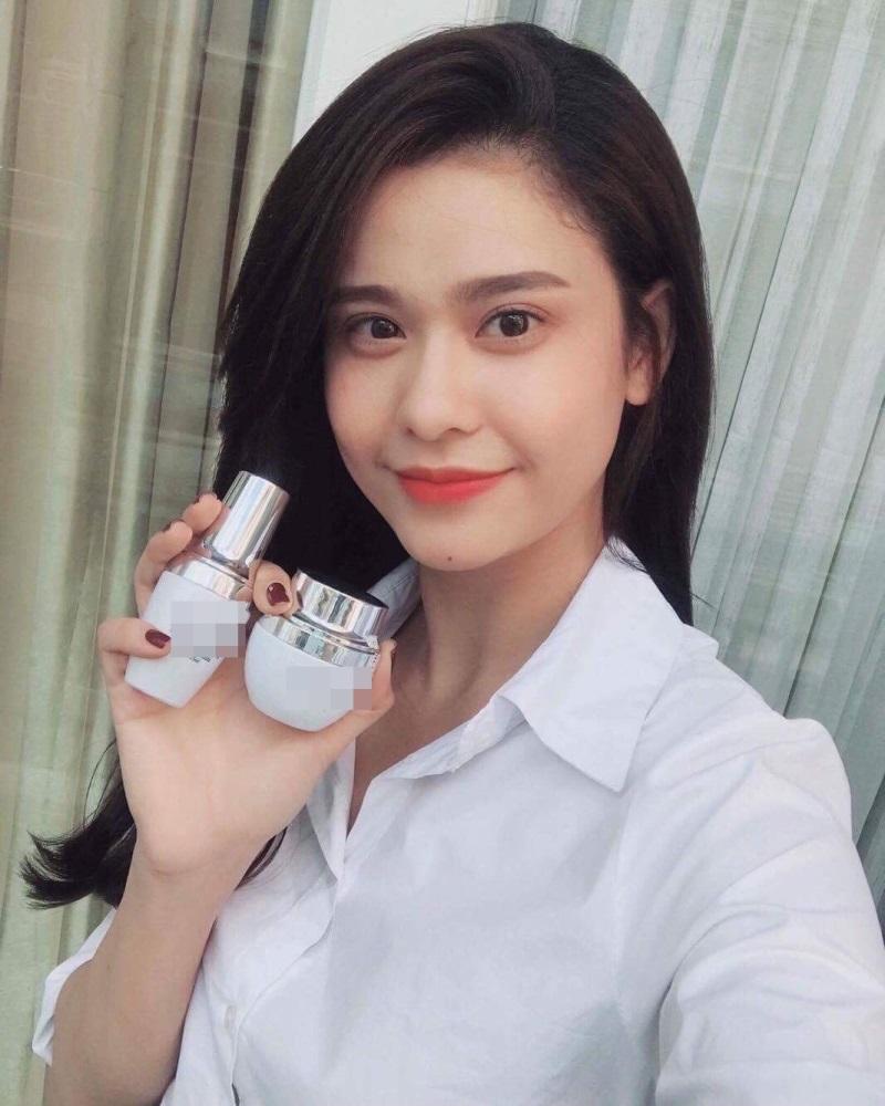 Loạt mỹ nhân Việt kiếm bộn tiền nhờ quảng cáo mỹ phẩm rầm rộ trên Facebook - Ảnh 3