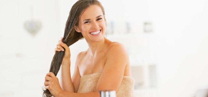 Trị rụng tóc bằng dầu gội tự làm
