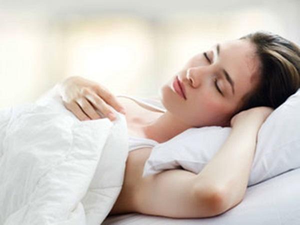 Mặt trái gây hại sức khỏe của 5 tư thế ngủ phổ biến nhất - Ảnh 4