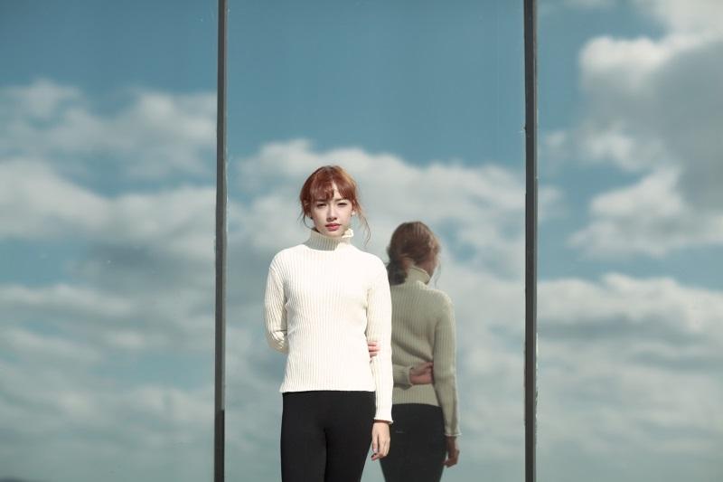 Hé lộ cô gái xinh như mộng đóng trong MV mới của Sơn Tùng - Ảnh 3