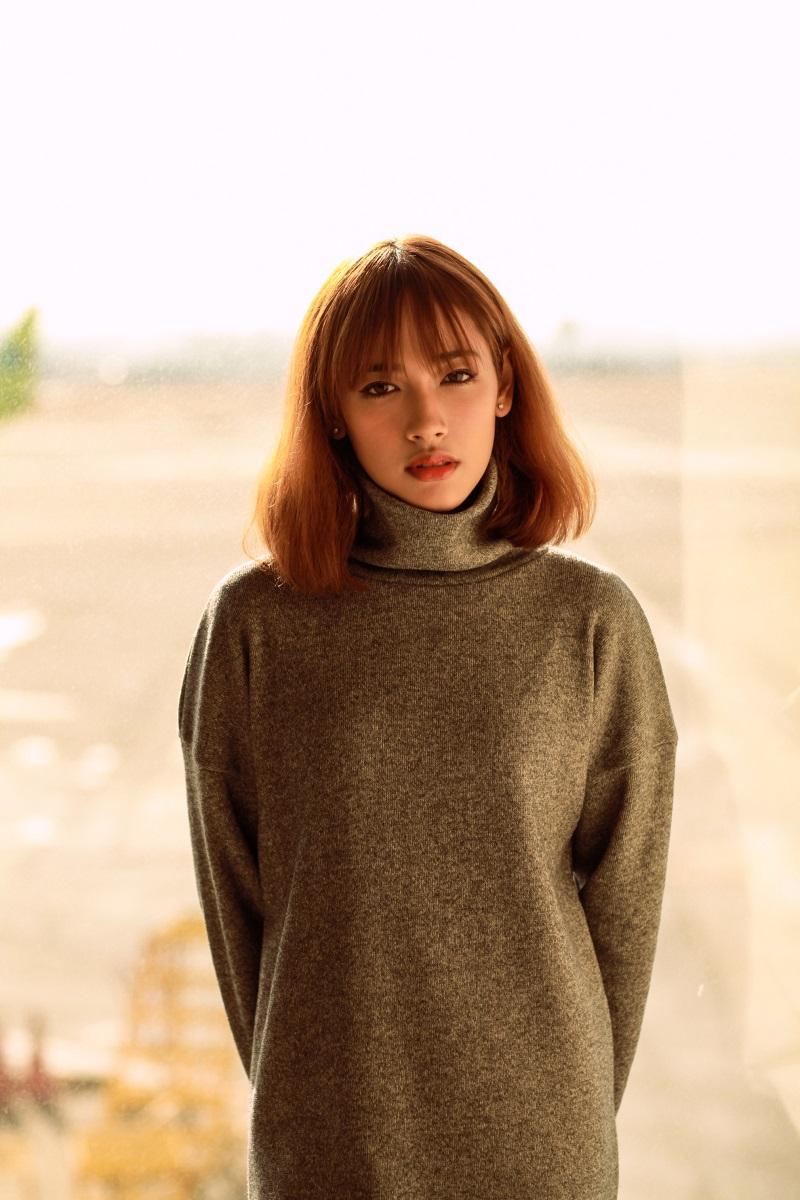 Hé lộ cô gái xinh như mộng đóng trong MV mới của Sơn Tùng - Ảnh 4
