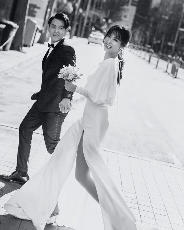 Đông Nhi diện 'sương sương' 10 mẫu váy cưới trong đám cưới thế kỷ với Ông Cao Thắng - Ảnh 5