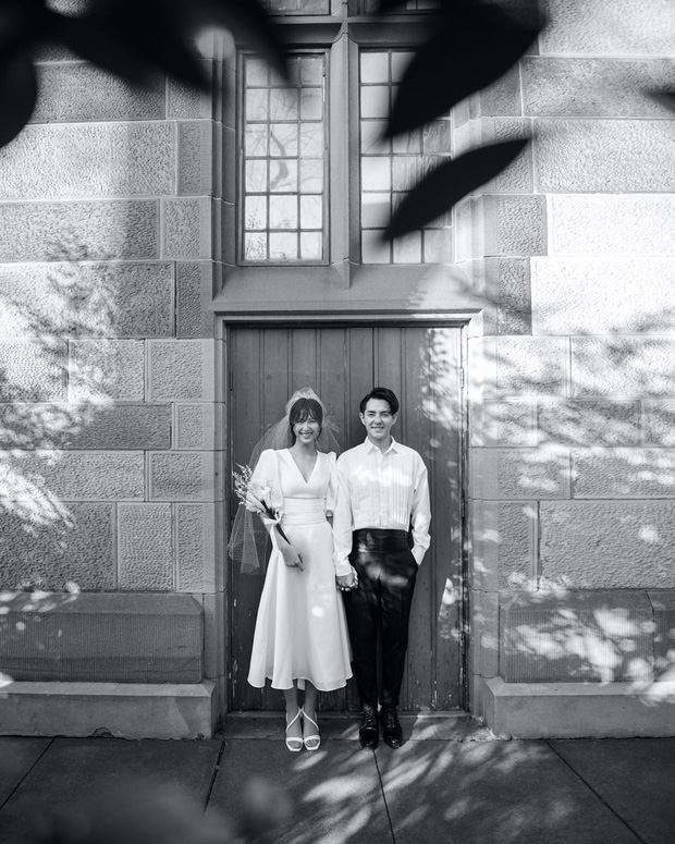 Đông Nhi diện 'sương sương' 10 mẫu váy cưới trong đám cưới thế kỷ với Ông Cao Thắng - Ảnh 4