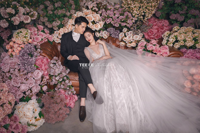 Đông Nhi diện 'sương sương' 10 mẫu váy cưới trong đám cưới thế kỷ với Ông Cao Thắng - Ảnh 10