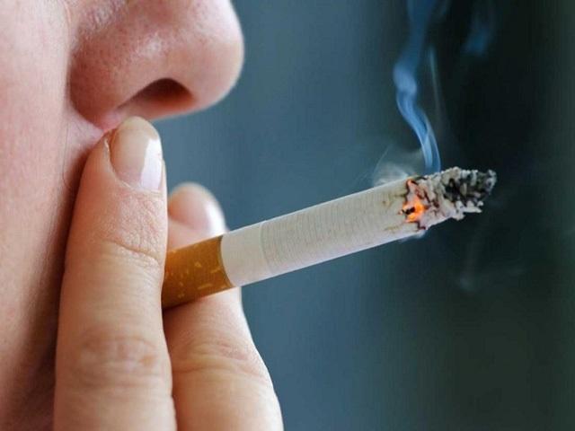 Ung thư phổi: Phát hiện bệnh thì đã ở giai đoạn cuối vì bỏ qua những dấu hiệu tưởng bình thường này - Ảnh 1