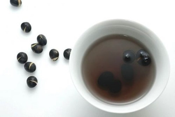 Uống nước đậu đen đẹp da vì giàu chất chống oxy hóa
