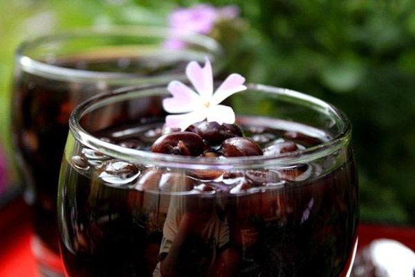 Uống nước đỗ đen xanh lòng giúp giảm cân hiệu quả