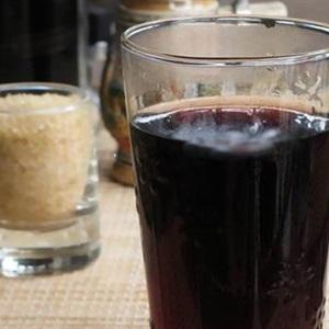 Uống nước đỗ đen rang hàng ngày thanh lọc, giải nhiệt cơ thể