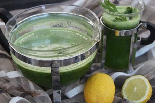 giảm cân bằng nước chanh với rau mùi