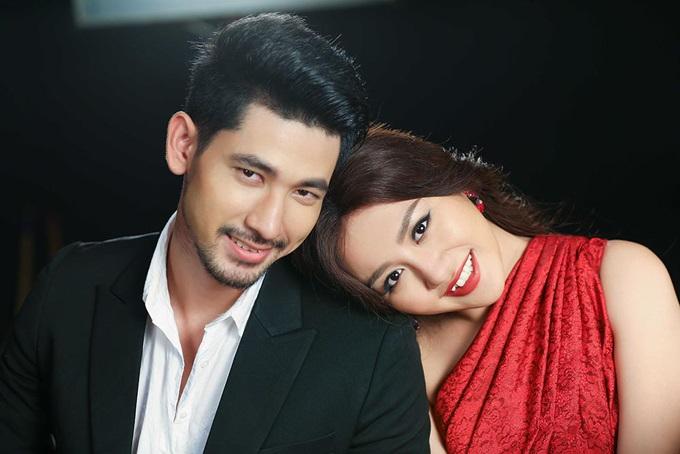 Không còn sợ bạn trai ghen tuông, Văn Mai Hương thoải mái ôm ngực trần nóng bỏng của mỹ nam người Thái - Ảnh 5