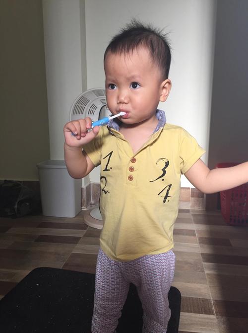 Học kinh nghiệm hay của mẹ 9x cách tập cho trẻ đánh răng mỗi ngày - Ảnh 4