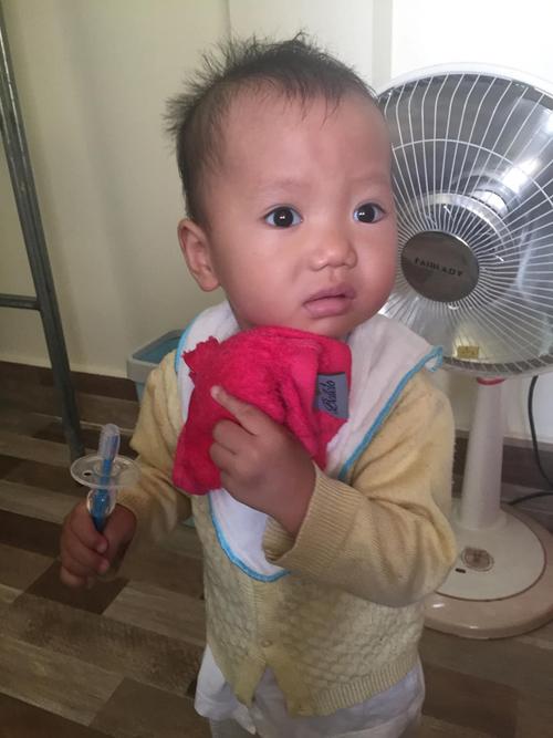 Học kinh nghiệm hay của mẹ 9x cách tập cho trẻ đánh răng mỗi ngày - Ảnh 3
