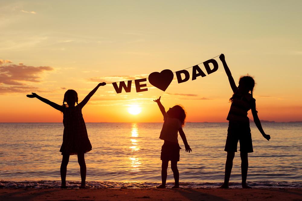 Sưu tầm những lời tâm tình viết về Ngày của Cha bằng tiếng anh  - Ảnh 1