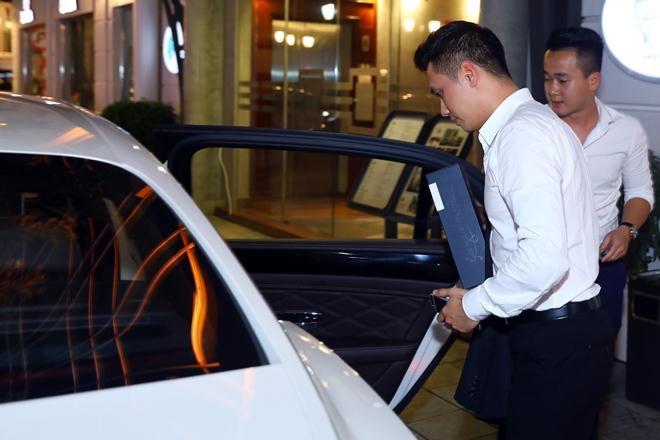 Việt Anh - Phan Hải phim 'Người phán xử' gây sốc khi khoe siêu xe