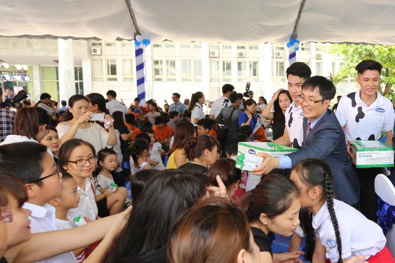 Vinamilk đồng hành hưởng ứng chương trình  'Ngày sữa thế giới' do hiệp hội sữa Việt Nam khởi xướng - Ảnh 2