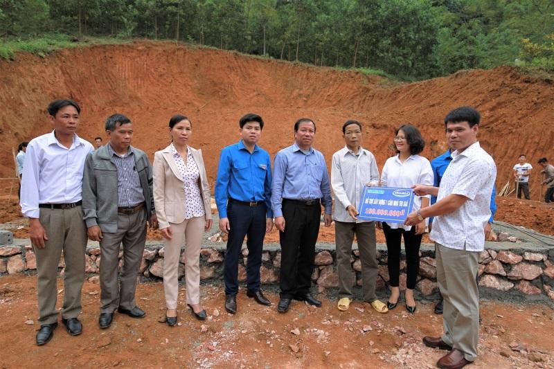 Vinamilk hỗ trợ 3 tỷ đồng cho người dân vùng lũ 3 tỉnh Yên Bái, Hòa Bình và Thanh Hóa - Ảnh 2