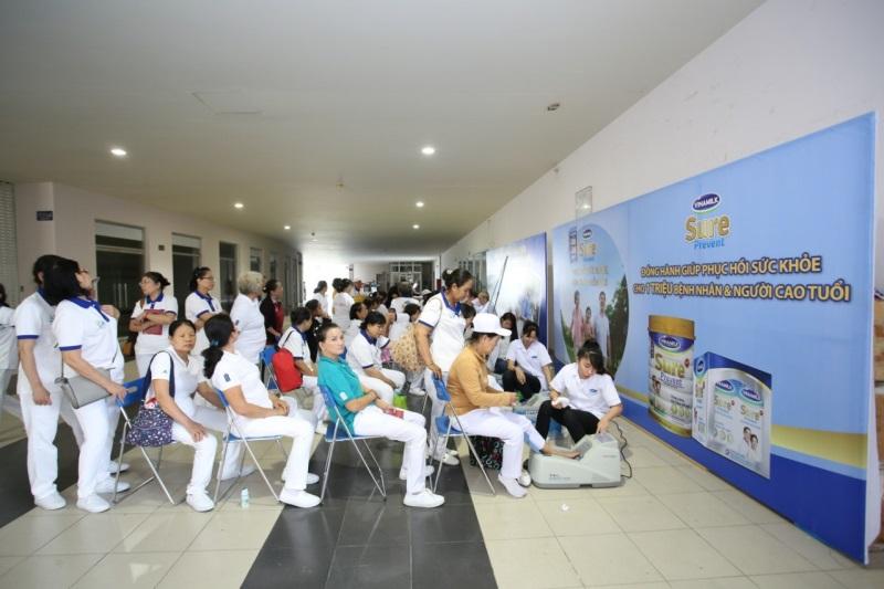 Vinamilk Sure Prevent tiếp tục đồng hành cùng hội thể dục dưỡng sinh TP.HCM chăm sóc sức khỏe cho gần 3.000 người cao tuổi  - Ảnh 4