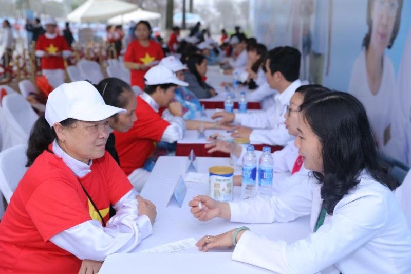 Vinamilk xác lập kỷ lục mới 'Đồng diễn thể dục dưỡng sinh có số lượng người cao tuổi tham gia đông nhất Việt Nam' - Ảnh 6