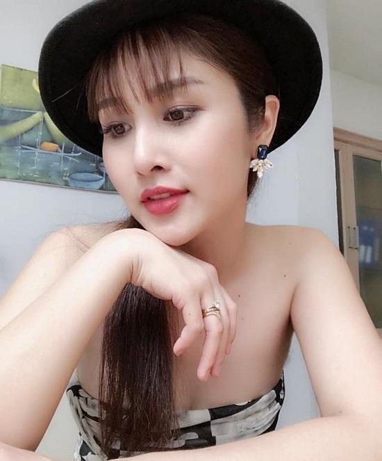 Quyết định 'đập mặt xây lại' sau đổ vỡ hôn nhân, vợ cũ cầu thủ Phan Thanh Bình nhận cái kết không thể ngọt ngào hơn - Ảnh 6