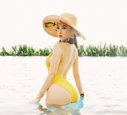 Soi vòng 3 nóng bỏng của các mỹ nhân Sowbiz Việt