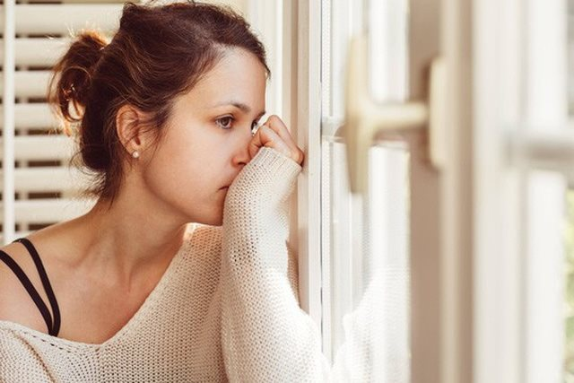 Ngoài sự cảm thông và thấu hiểu cho nỗi đau của cả hai người, tôi cũng không biết làm gì để giúp bạn.