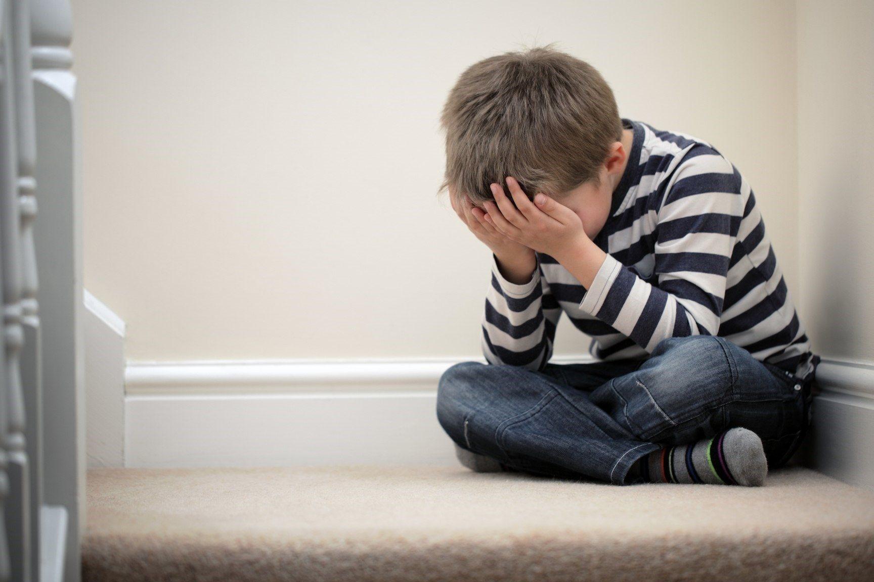 Những dấu hiệu cảnh báo bệnh tâm thần ở trẻ - Ảnh 1