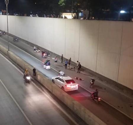 Vụ xe Mercedes gây tai nạn khiến 2 phụ nữ tử vong ở Hà Nội: Lời khai bất ngờ của tài xế - Ảnh 1
