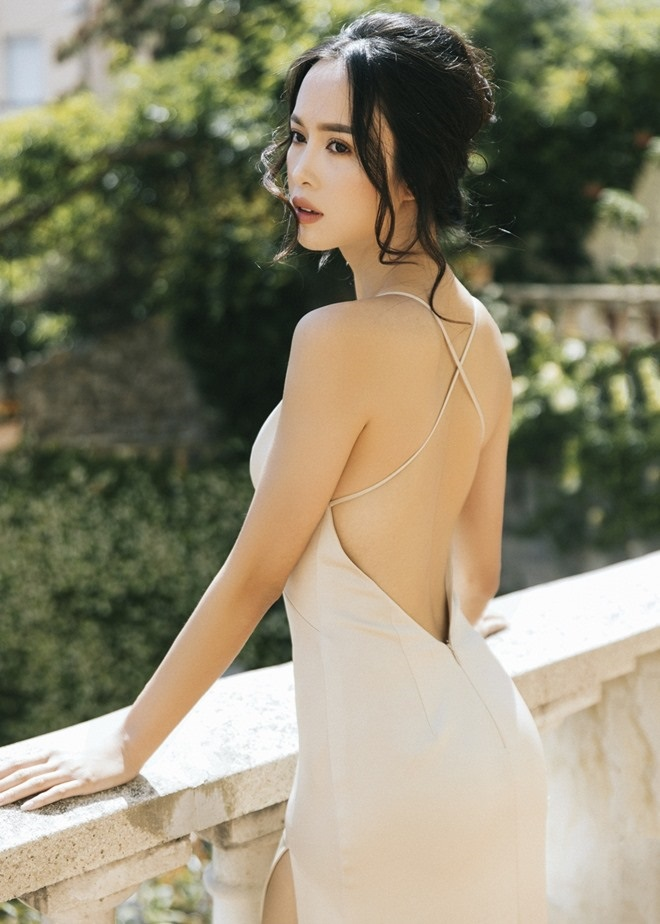 Đã tìm ra mỹ nữ chiếm ngôi 'sexy nhất showbiz' của Ngọc Trinh - Ảnh 7