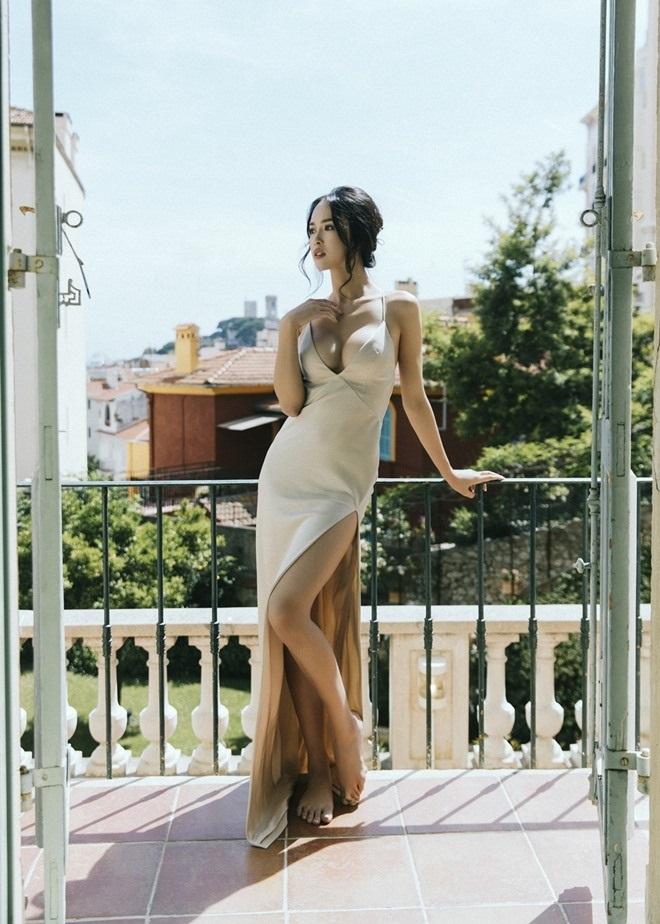Đã tìm ra mỹ nữ chiếm ngôi 'sexy nhất showbiz' của Ngọc Trinh - Ảnh 8