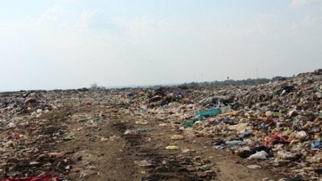 Đã xác định danh tính người mẹ và lý do vứt bỏ cặp thai nhi song sinh trong sọt rác nhà vệ sinh ở TP.Vũng Tàu - Ảnh 3