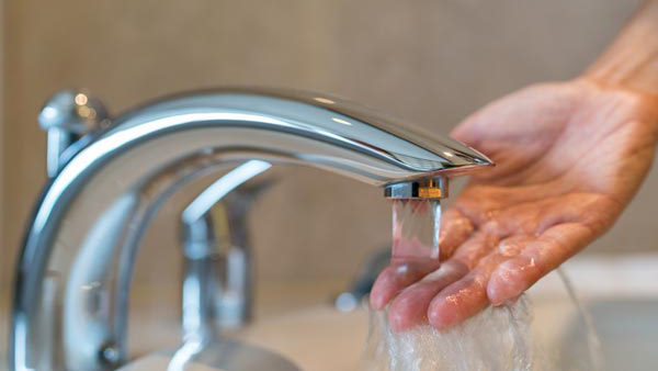 Trước khi rửa mặt không nhớ điều này da sẽ đầy mụn, nếp nhăn - Ảnh 1