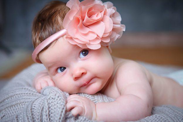 Không chỉ làm đẹp, đeo băng đô trên đầu cho trẻ sơ sinh còn có lợi ích bất ngờ - Ảnh 3
