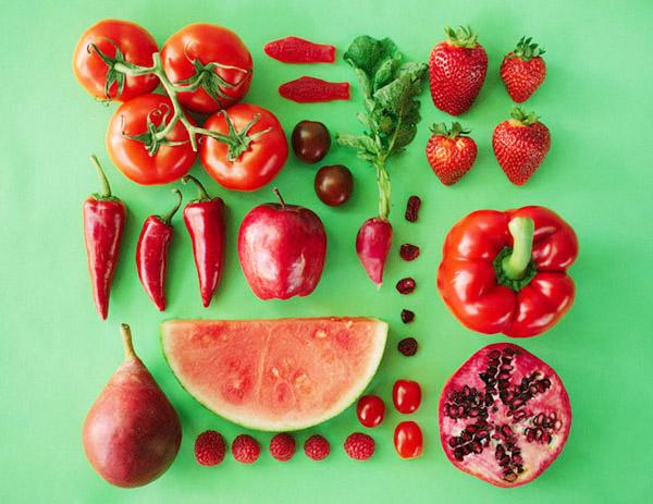 Giữ nhiệt cho bé hiệu quả với các thực phẩm màu đỏ