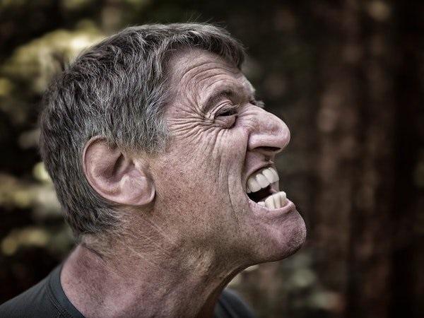 10 dấu hiệu cảnh báo cơn đột quỵ bạn không nên bỏ qua - Ảnh 5