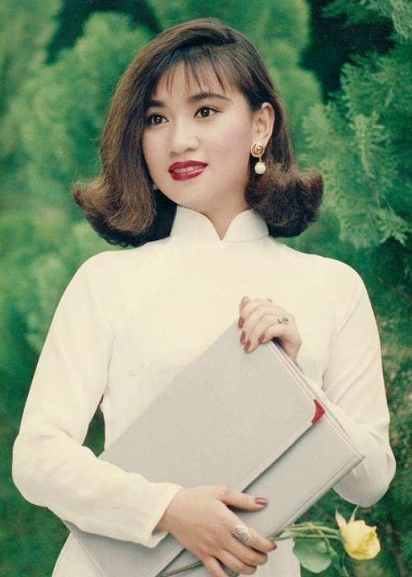 Những kiểu tóc tưởng du nhập từ Hàn Quốc thì ra đã gây sốt ở Việt Nam từ thời các dì, các mẹ - Ảnh 8