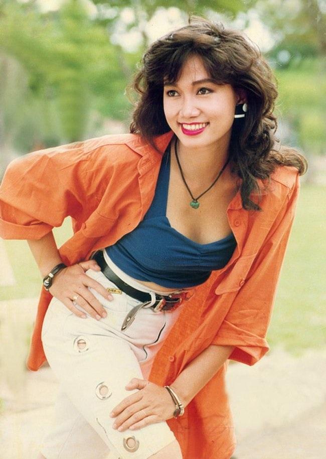 Những kiểu tóc tưởng du nhập từ Hàn Quốc thì ra đã gây sốt ở Việt Nam từ thời các dì, các mẹ - Ảnh 13