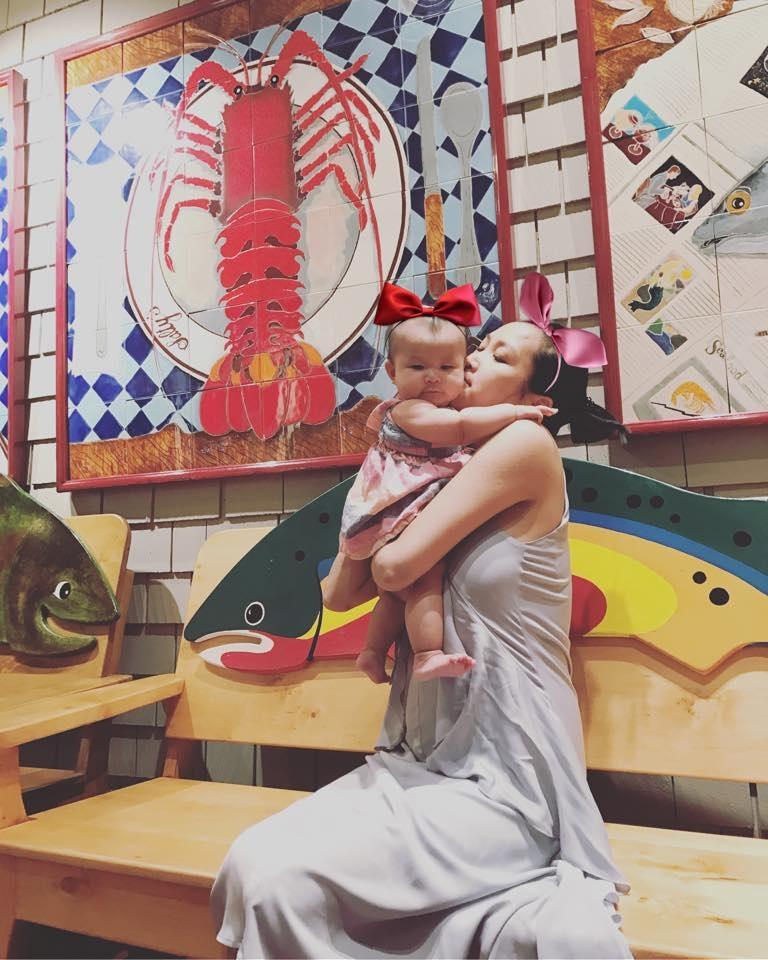 Con gái Lam Trường giống ba như đúc, lần đầu tiên được đi du lịch xa - Ảnh 4