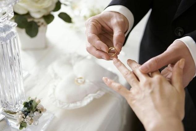 Sự khác biệt của năm đầu tiên và năm thứ 7 sau khi kết hôn mà bất kỳ cặp vợ chồng nào cũng sẽ trải qua - Ảnh 1